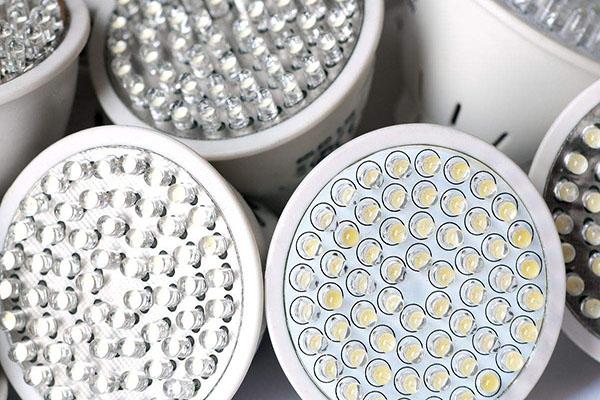 自动焊锡机在智能照明行业的应用